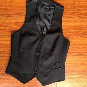 H&M sz 6 black fitted vest
